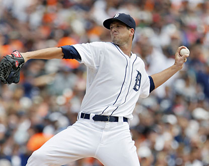 Drew Smyly loses a no-hitter in the fifth inning but still comes away with his sixth win of the season. (Getty Images)