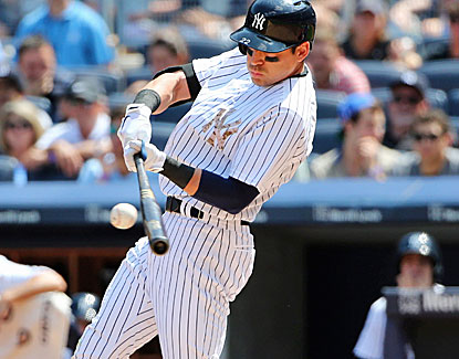 New York's Jacoby Ellsbury connects on four hits and also scores the winning run. He raises his average to .289. (USATSI)