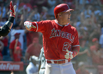 Mike Trout and the Angels deny closer Fernando Rodney, who squanders a 5-4 lead, his 200th career save. (USATSI)