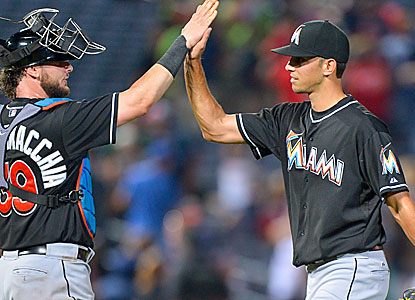 Marlins closer Steve Cishek, nursing a two-run lead, takes care of the Braves in the 10th. (USATSI)
