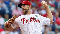 Cliff Lee rusty in return