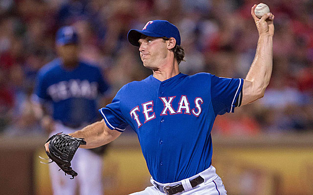 The Dodgers, Angels, Brewers, Orioles and Yankees all could use a lefty like Neal Cotts. (USATSI)