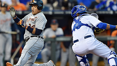 Follow: Tigers-Royals