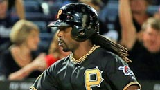 Follow LIVE: Pirates-Braves