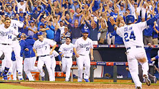 Royals advance to ALDS