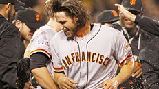 Giants win NL wild-card game