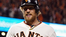 Giants even World Series 2-2