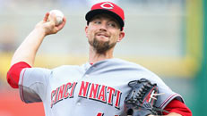 Giants get Leake