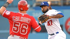 Follow: Angels-Dodgers