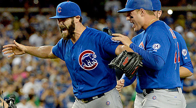 Arrieta no-hits Dodgers