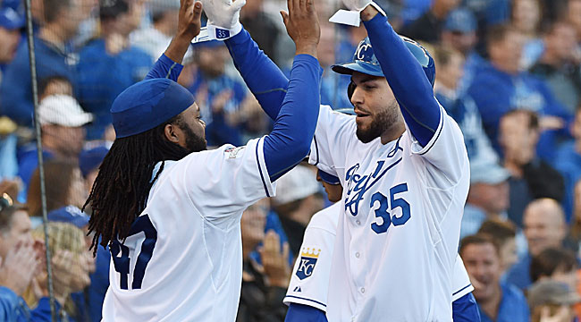 Royals beat Astros to tie ALDS at a game apiece