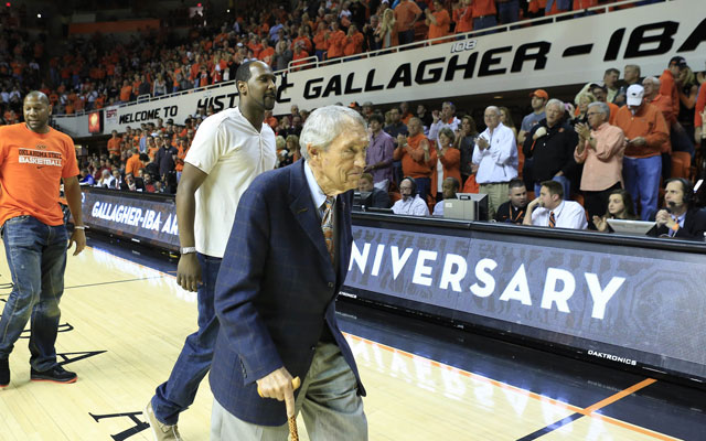 Oklahoma State coach Eddie Sutton and the Cowboys 1994 Final Four team were honored in 2004. (USATSI)
