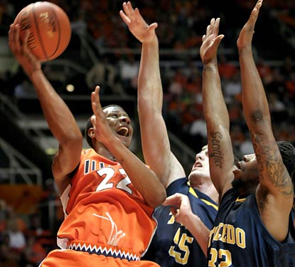 Jereme Richmond scores eight points off the bench to help the Illini take care of Toledo at home.  (AP)