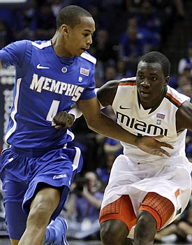 Memphis' Charles Carmouche plays some strong defense, nabbing five steals to go along with his 13 points. (AP)