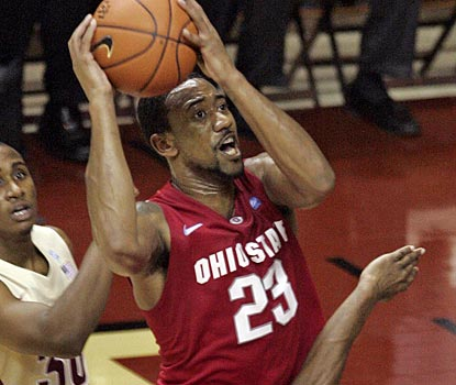 Ohio State's David Lighty chips in with 10 points as the Buckeyes prevail in Tallahassee.  (AP)