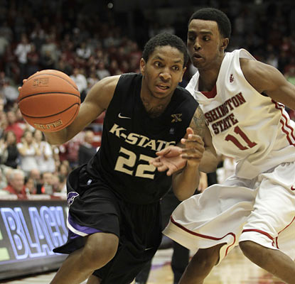 K-State leans on Rodney McGruder, who steps up with 15 points, including a couple of big 3-pointers in the second half.  (AP)