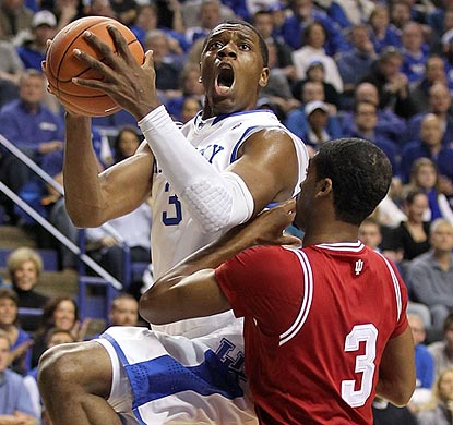 Kentucky freshman Terrence Jones drives on Indiana sophomore Maurice Creek.  (Getty Images)