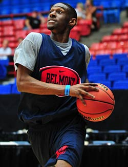 If there is such a thing as a star for the Belmont Bruins, it's sharpshooting Ian Clark. (US Presswire)