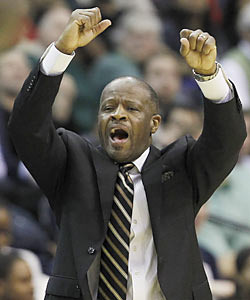 Mike Anderson leaves Missouri, where he was 111-57 in five seasons, including a trip to the Elite Eight in 2009. (AP)