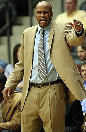 Cuonzo Martin's style is in stark contrast to successful and popular predecessor Bruce Pearl. (US Presswire)