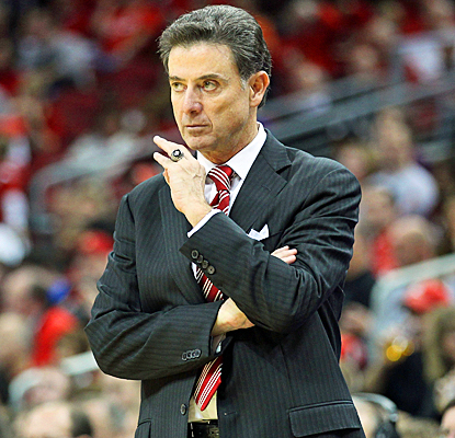 Rick Pitino, 59, is the 38th coach in history to win 600 games in his career.   (AP)