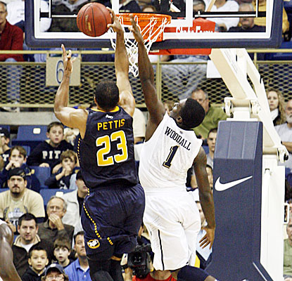 Pittsburgh's Travon Woodall scores 12 points in the Panthers' victory over the La Salle Explorers.  (US Presswire)