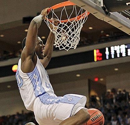 Sophomore Harrison Barnes leads the No. 1 Tar Heels with 21 points against South Carolina. (AP)