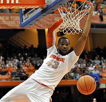James Southerland helps Syracuse continue its winning streak, racking 19 points against EMU. (AP)