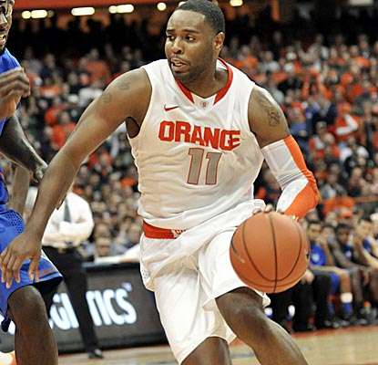 Syracuse senior Scoop Jardin scores 16 points and adds seven assists against No. 10 Florida. (AP)