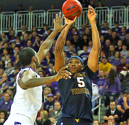 West Virginia's Kevin Jones lights up Kansas State for a season-high 30 points and 12 rebounds. (US Presswire)