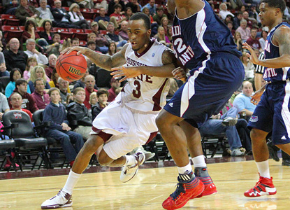 Dee Bost scores 22 for Mississippi State, and needs every point against a tough, late rally from FAU.  (AP)
