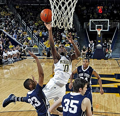 Tim Hardaway Jr. leads No. 18 Michigan with 26 points in a win over Penn State. (AP)