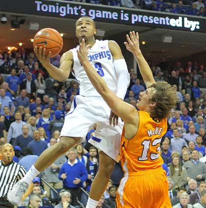 Memphis sophomore guard Chris Crawford glides in for a layup in the first half.  (US Presswire)