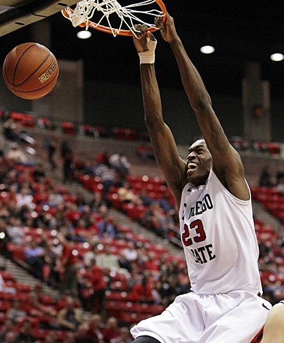 DeShawn Stephens scores 18 points, helping SDSU to its second-fastest start in school history. (AP)