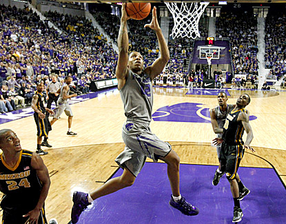 Rodney McGruder goes in to dunk two of his 20 points in the Wildcats' 75-59 win over No. 7 Missouri. (AP)