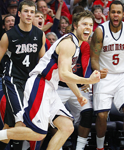 Matthew Dellavedova celebrates after drilling a 3-pointer in the second half against Gonzaga. (AP)