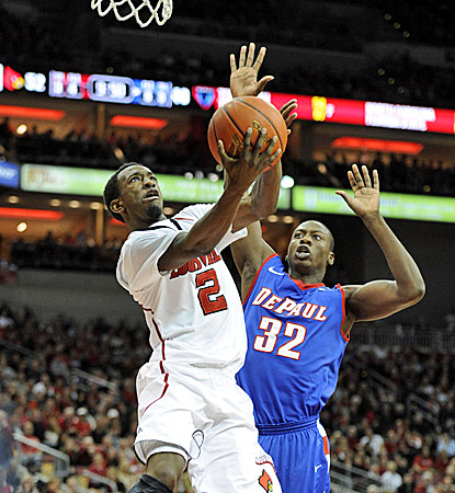 Louisville's Russ Smith goes in for two of his 25 points, helping to fill the void of leading scorer Kyle Kuric. (US Presswire)