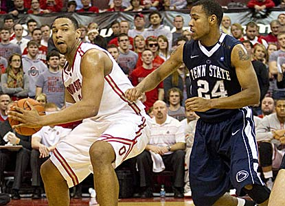 Jared Sullinger works on a 20-13 game as the Buckeyes prep for Sunday's showdown with No. 20 Michigan. (US Presswire)