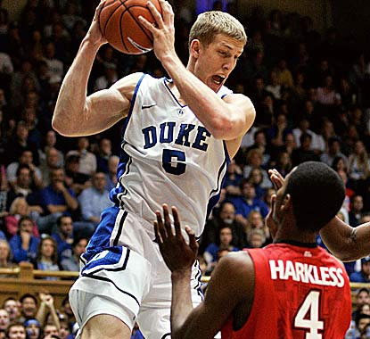 Mason Plumlee grabs a career-high 17 rebounds to go with 15 points for Duke, which overcomes a 30-13 game by Moe Harkless. (US Presswire)