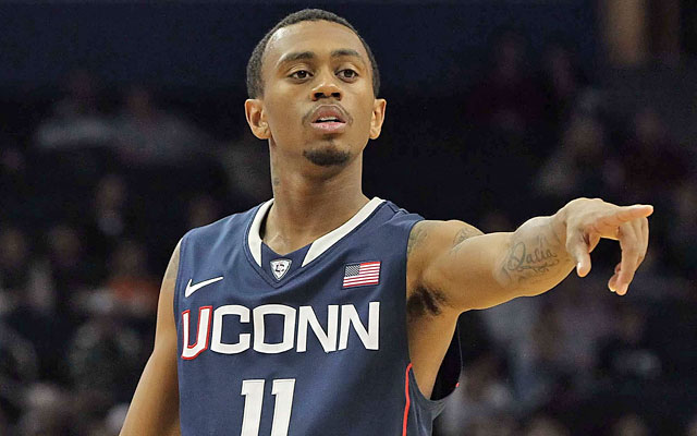 Ryan Boatright's mother received $8,000 in benefits, jeopardizing her son's amateur status. (US Presswire)