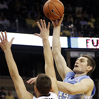 Tyler Zeller grabs a career-best 18 rebounds as North Carolina wins its fourth straight game.  (AP)