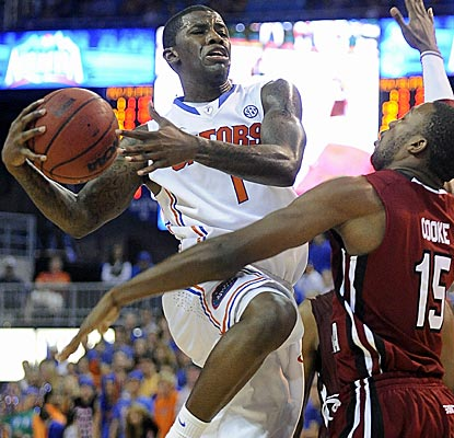 Florida's Kenny Boynton scores 24 points as the Gators secure their sixth straight win.  (AP)