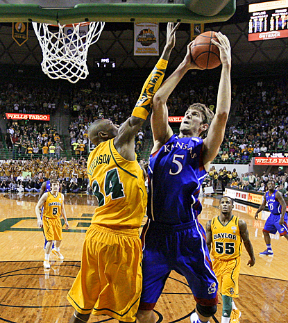 Jeff Withey comes up huge for the Jayhawks, scoring a career-high 25 points against No. 6 Baylor. (AP)