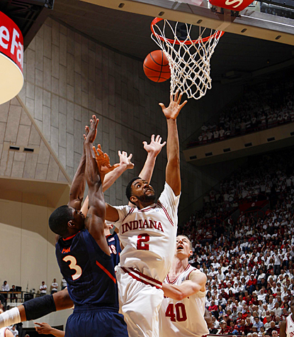 Indiana's Christian Watford fights through the Fighting Illini for 18 points and five rebounds. (US Presswire)
