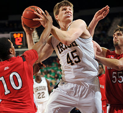 Jack Cooley leads Notre Dame with 22 points, including 17 in the second half, and also grabs 18 rebounds. (AP)