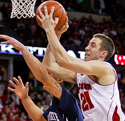 John Gasser is just one of four Wisconsin players to score in double-digits against Penn State. (AP)