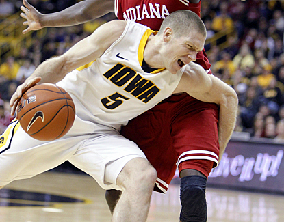 Iowa's Matt Gaten tears apart Indiana's defense to score a career-high 30 points. (AP)