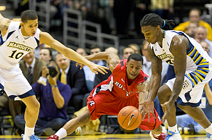 Marquette's defense comes up huge against Rutgers, forcing the Scarlet Knights into 21 turnovers. (US Presswire)