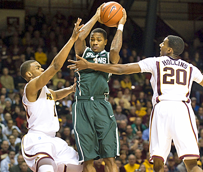 Keith Appling has his struggles with Minnesota, but still scores 13 points to help Michigan State win.  (US Presswire)