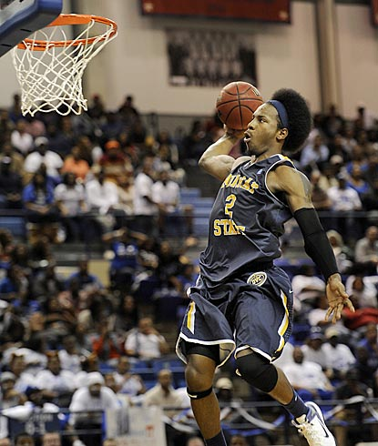 Murray State forward Edward Daniel (2) flies to the basket for a slam dunk in the second half.  (AP)